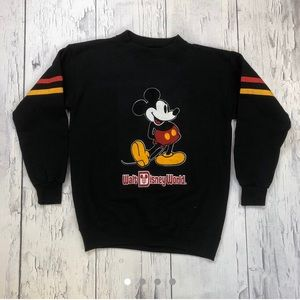 Vintage Mickey Mouse Crewneck sweater large fit